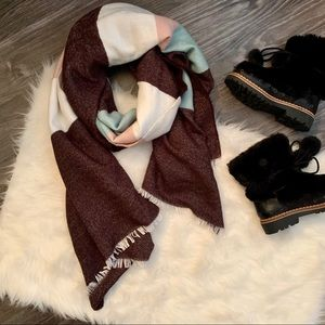 NWOT H&M brown, white, pink and mint blanket scarf